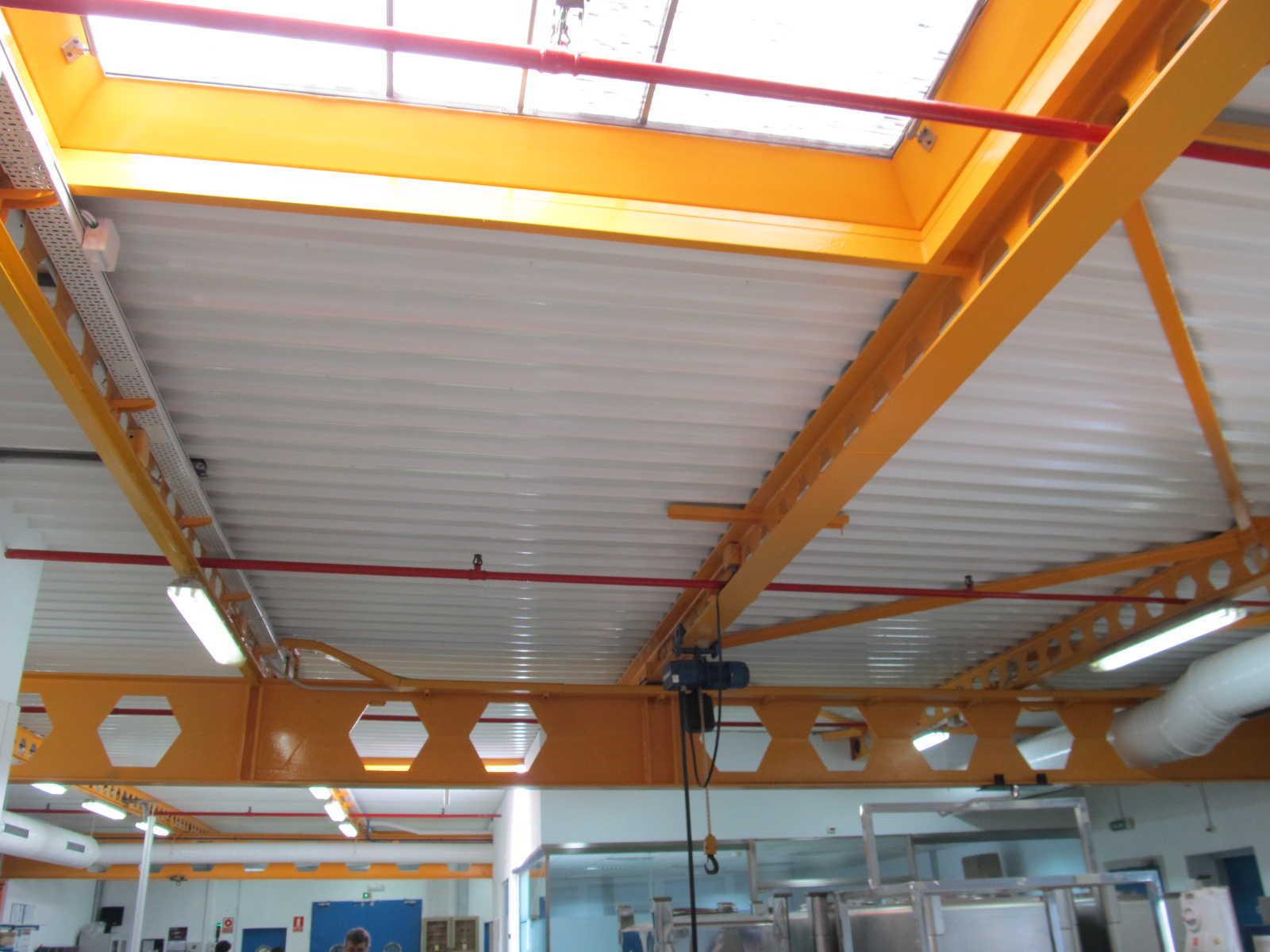 Bancadas Laboratorios Roche en Leganés (Madrid)</br></br> 2014</br></br> <h4>Cliente: Leyser Proyectos y Construcción S.A.</h4>