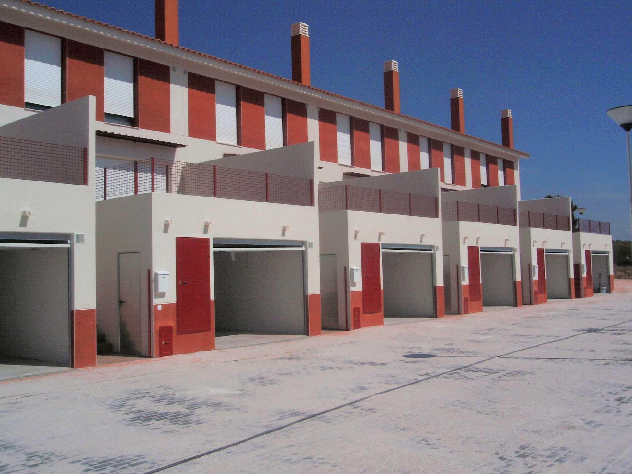 14 viviendas VPO (Régimen especial), Carretera de Camporrobles, s/n en Cardenete (Cuenca)</br></br> 2008</br></br><h4>Cliente: GICAMAN (Gestión de Infraestructuras de Castilla-La Mancha S.A.)</h4>
