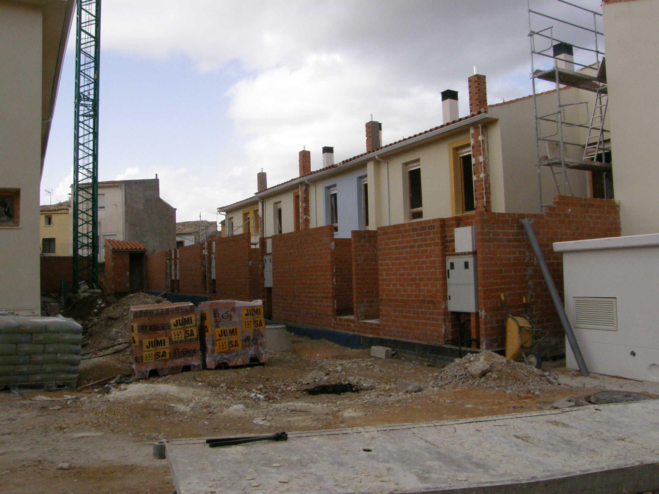 18 viviendas VPO (Régimen especial), Avda. Luis Ocaña en Priego (Cuenca)</br></br> 2009</br></br><h4>Cliente: GICAMAN (Gestión de Infraestructuras de Castilla-La Mancha S.A.)</h4>