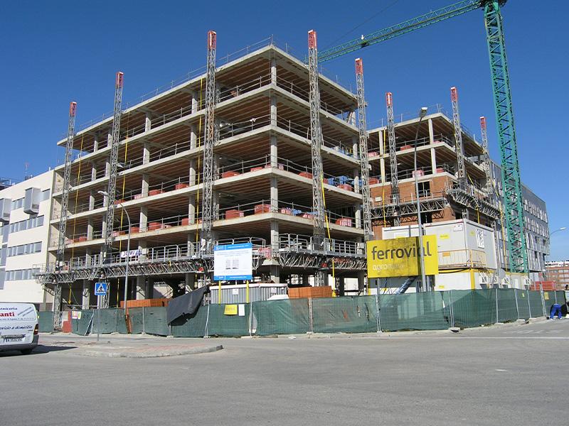 Bloque de 60 viviendas VPO en el Ensanche de Vallecas (Madrid)</br></br> 2011</br></br> <h4>Cliente: Ramón González y Fernando Pancorbo (OI Arquitectos)</h4>