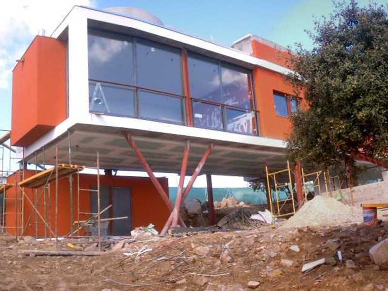 Vivienda unifamiliar (casa «Padial-Gavián»), Rotonda del Nervión, Urb. Pino Alto (Valdemorillo)</br></br> 2004</br></br><h4>Cliente: Estudio Padial Gavián, S.L.</h4>