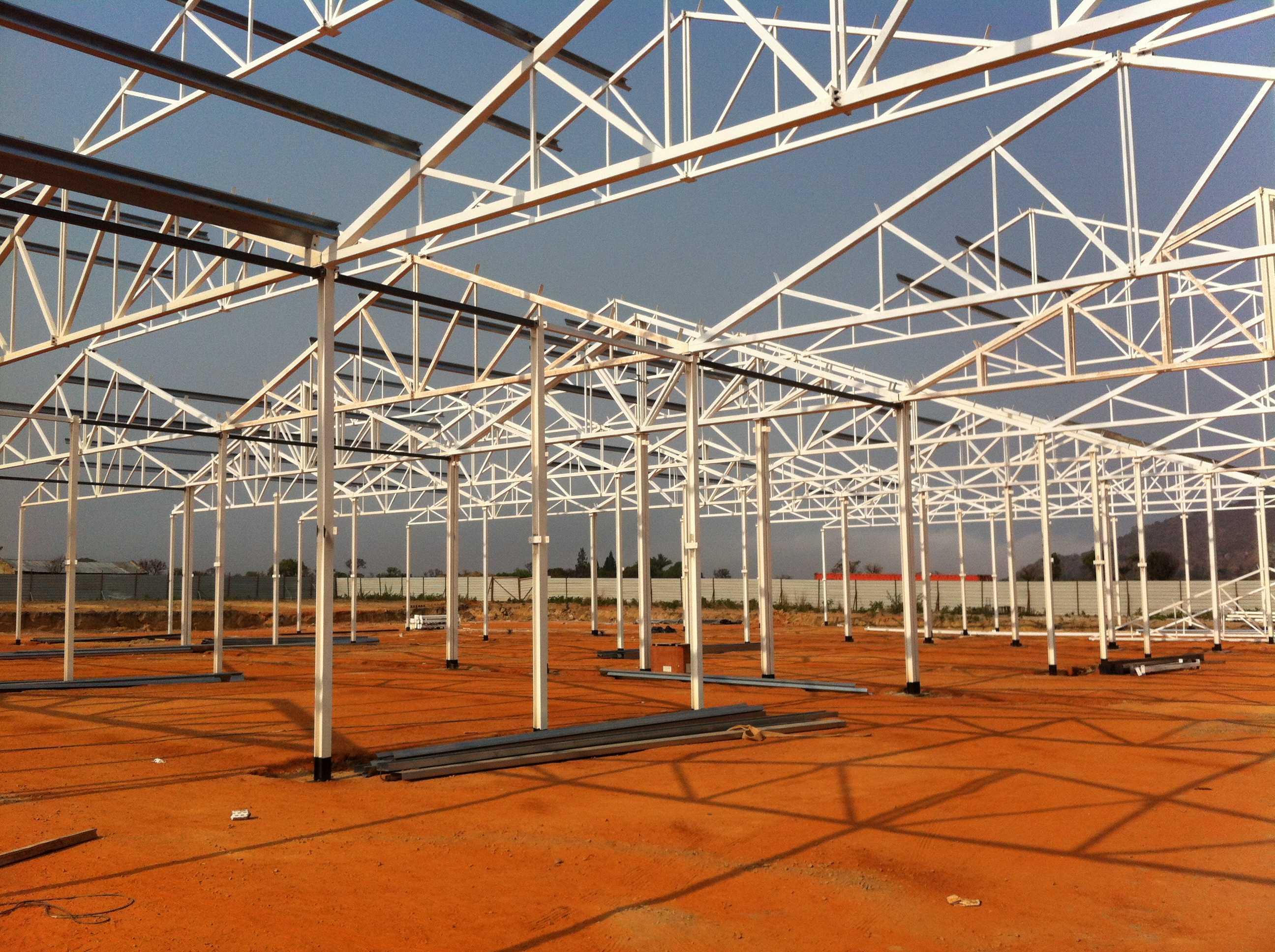 Mercado en Quibala, Centro Logístico de Distribuição Henrique Barbosa (ANGOLA)</br></br> 2014</br></br> <h4>Cliente: Equipo 01 (Jesús San Vicente)</h4>