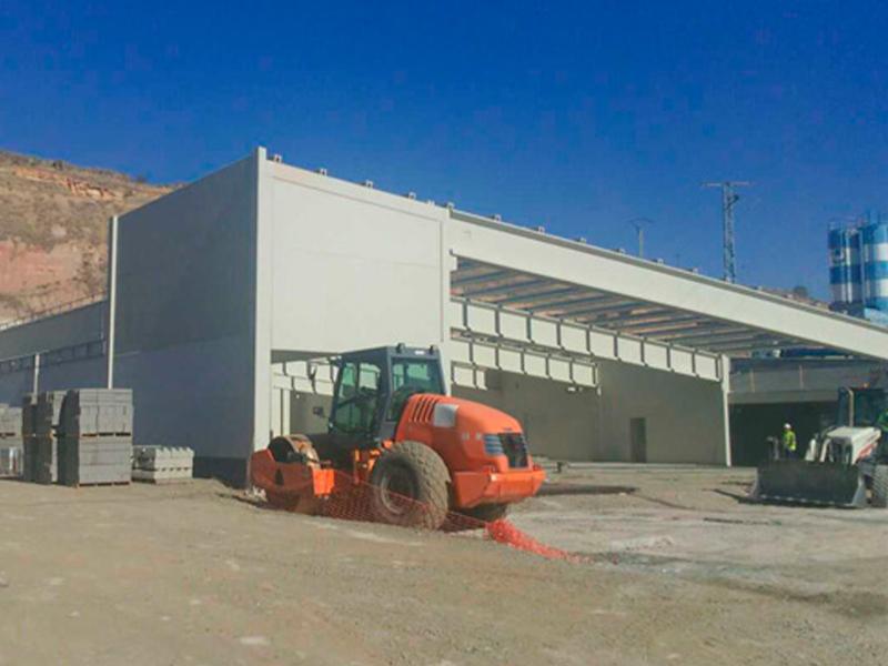 Cimentación del supermercado LIDL de La Lastrilla</br></br> 2015</br></br> <h4>Cliente: BiArquitectos (Luis Biarge y Pedro Biarge)</h4>